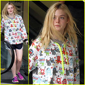 3bb0f8b96e48 Elle Fanning Grabs Lunch At Joan s On Third With Mom Joy