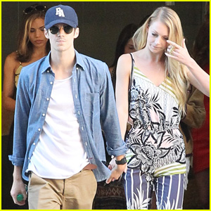 Grant Gustin Brings 'The Flash' to Comic-Con With Girlfriend Hannah Douglass