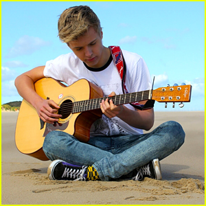 YouTuber James Bell X Covers Demi Lovato's 'Cool For The Summer' - Watch Here!