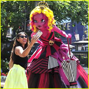 Jordin Sparks Shops With Monster High's Gooliope Jellington!