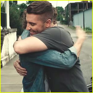 American Idol Champ Nick Fradiani Drops 'Beautiful Life' Music Video - Watch Here!