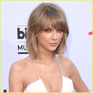 Taylor Swift is Teaming Up With Chinese Retailer to Launch Clothing Line!