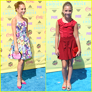 Maddie Ziegler & Sister Mackenzie Step Out For Teen Choice Awards 2015