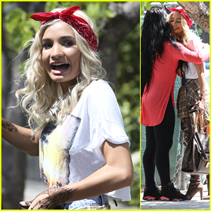 Pia Mia Shows Off Henna Tattoos While Out With Friends