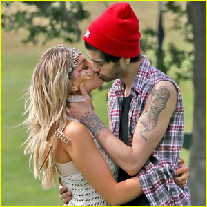 Zayn Malik & Perrie Edwards: Timeline of Their Relationship!