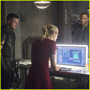 Tensions Mound Between Oliver & Diggle on Tonight's 'Arrow'