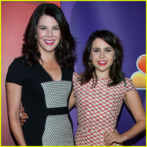 Mae Whitman is Reuniting With Lauren Graham to Adapt 'The Royal We' for Film!