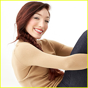 Meryl Davis Debuts Her New Collection Of Vera Bradley Scarves & We Want All of Them!