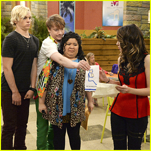 Raini Rodriguez Directs Tonight's 'Austin & Ally' Episode - See A Sneak Peek!