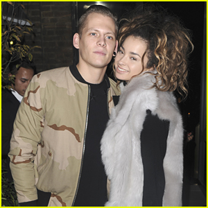 Ella Eyre Admits She Could Be 'An Idiot' On Social Media