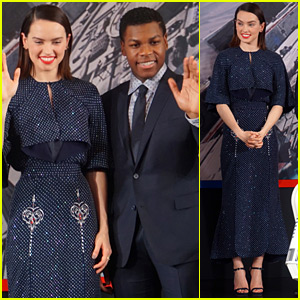 John Boyega & Daisy Ridley Do Press for 'The Force Awakens' in China!