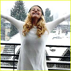 Gracie Gold is Living In A 'Winter Wonderland' In Aspen