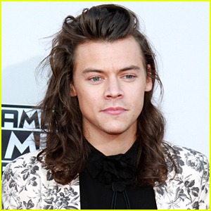 Harry Styles Fuels Solo Rumors By Registering Four New Songs With American Society of Composers, Authors & Publishers