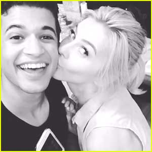 Jordan Fisher Gets 'Grease'y Kiss from Julianne Hough