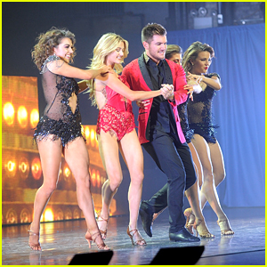 Alek Skarlatos Reunites With Lindsay Arnold For 'Dancing With The Stars Live!' Tour in NYC