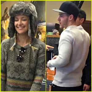 Nick Jonas & Rumored Flame Kate Hudson Grab Starbucks Together (Photos)