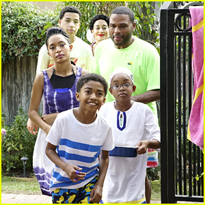 The Johnson Kids Are Surprised That Dre Doesn't Swim on Tonight's 'black-ish'
