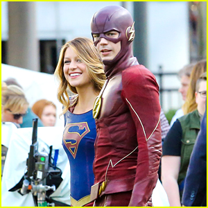Grant Gustin Films Final Scenes With Melissa Benoist For 'Flash' & 'Supergirl' Crossover