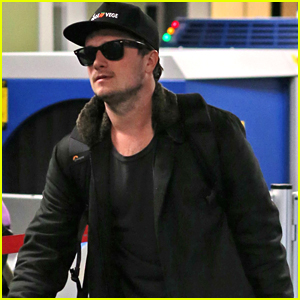 Josh Hutcherson Books Hulu Pilot 'Future Man'