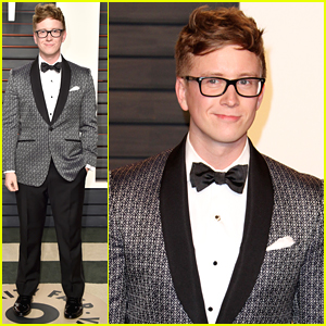 Tyler Oakley Hosts The Vanity Fair Oscar Party Red Carpet 2016