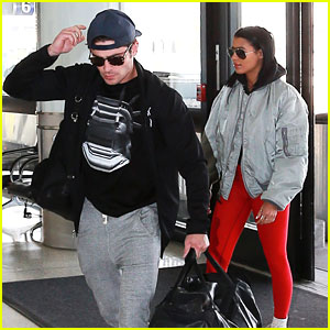 Zac Efron & Sami Miro Hop on Flight For Valentine's Day Getaway
