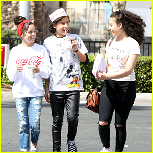 Jenna Ortega Goes To In-N-Out With Isaak Presley & Kayla Maisonet