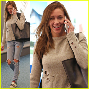 Katie Cassidy Shares Cute Dancing Video With Caity Lotz - Watch Now!