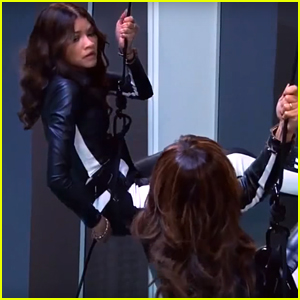 K.C. Disobeys Her Mom On Tonight's New 'K.C. Undercover'