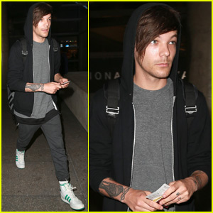 Louis Tomlinson Heads Back to LA After London Trip