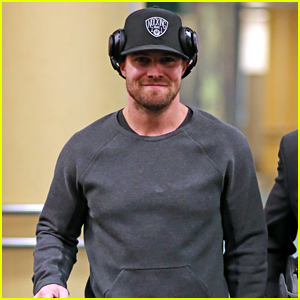 Stephen Amell Accidentally Swears During Interview - Watch Now!
