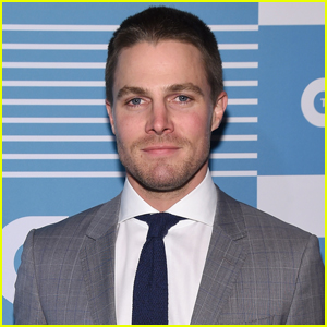Stephen Amell is Receiving the CinemaCon Male Star of Tomorrow Award!