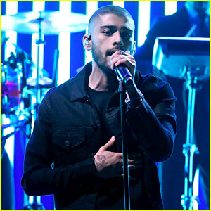 Zayn Malik Gives First Live Performance of 'Like I Would' - Watch Now!