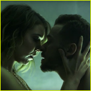 Watch Artem Chigvinstev & Jenna Johnson's Steamy 'Pillowtalk' Dance Video!