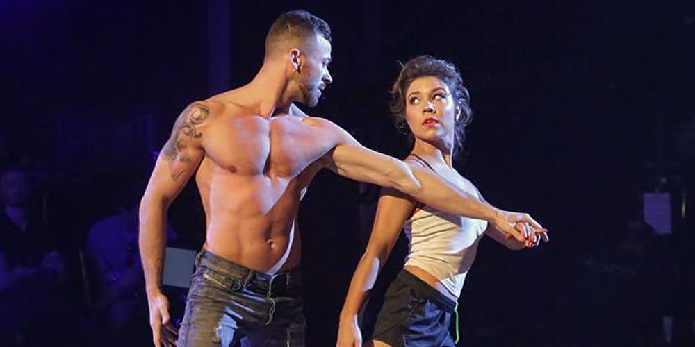 artem dancer dating Here is everything you need to know about dwts pro dancer artem chigvintsev's girlfriend torrey devitto including her wiki, age, and instagram.
