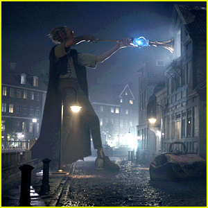 Disney Reveals New 'BFG' Trailer Featuring The Giant - Watch Now!