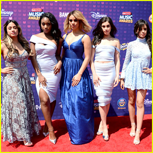 Fifth Harmony Meet Gwen Stefani at RDMA 2016