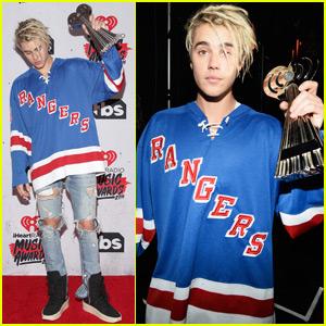 Justin Bieber Takes Home Three Awards at iHeartRadio Music Awards 2016