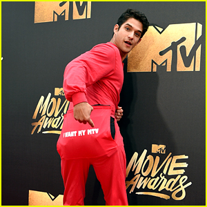 Tyler Posey Feels the MTV Spirit at MTV Movie Awards 2016