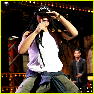 Gina Rodriguez Channels Lil Wayne for 'Lip Sync Battle' Face-Off - Watch Now!