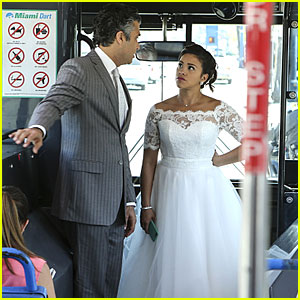 Jane & Michael Get Married On 'Jane The Virgin' Tonight...Or Do They?