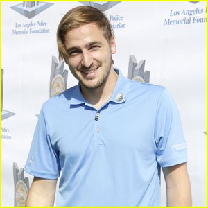 Kendall Schmidt Golfs for a Great Cause!