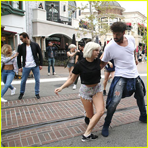 Maksim Chmerkovskiy Debuts 'Maks Mob' After Baby Reports Break