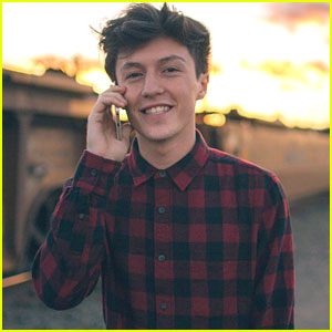 Myles Parrish Drops New Song 'Don't Feel The Same' - Download & Lyrics!