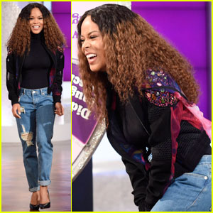 Serayah Opens Up About Being BFF With Taylor Swift (Video)