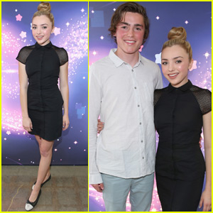Peyton List Finds a New Bae at Nintendo Event!