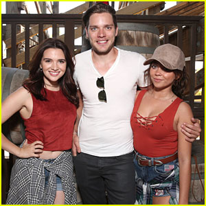 Dominic Sherwood & Sarah Hyland Ride Ghostrider Rollercoaster Six Times!