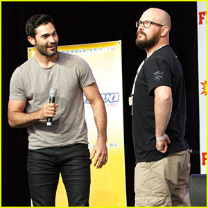 Tyler Hoechlin Gets 'Superman' Lessons From Fan at Supernova