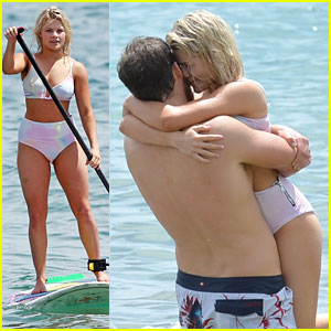 Witney Carson & Carson McAllister Head To Hawaii For Vacation