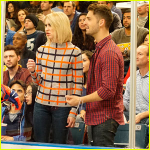 Ben & Riley Kiss on Tonight's 'Baby Daddy'!