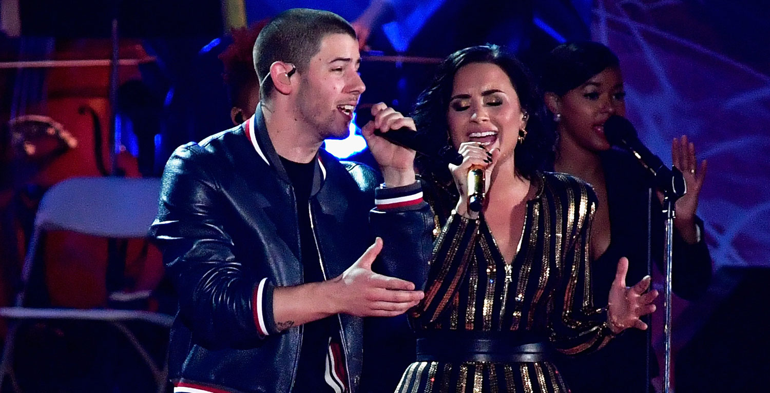 Demi Lovato Rehearses for Fireworks Spectacular with Nick Jonas!